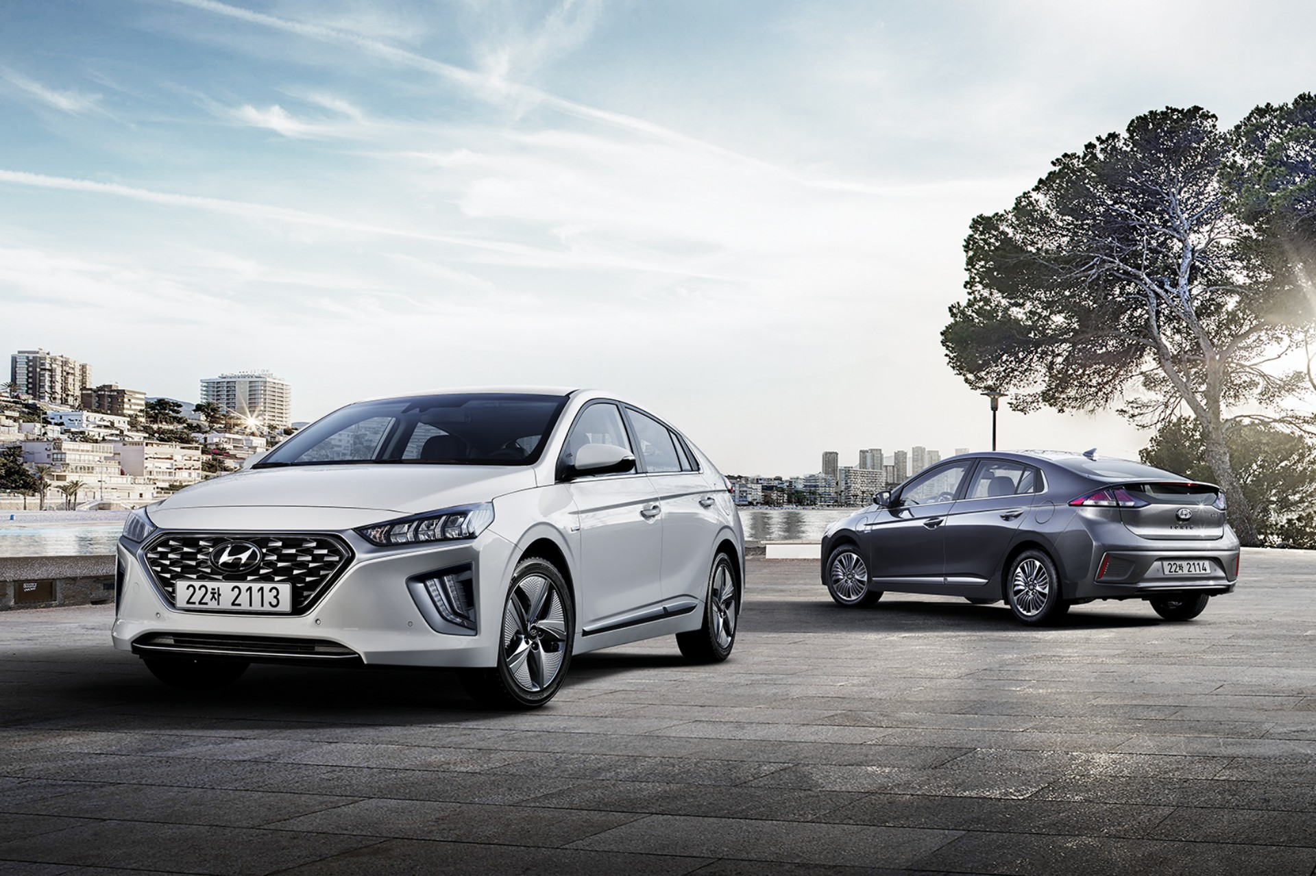 2020 Hyundai Ioniq Hybrid & Electric Revealed