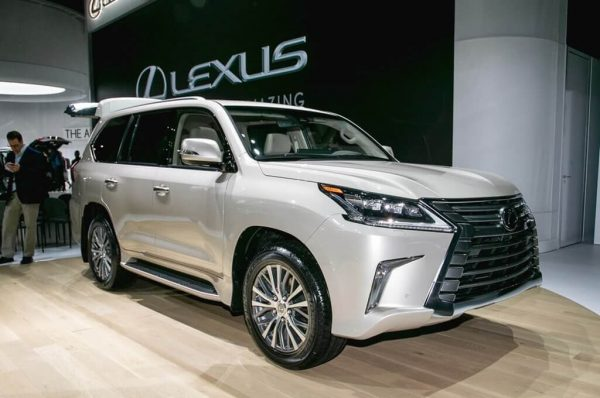 2021 Lexus LX 570 has already been presented to the world