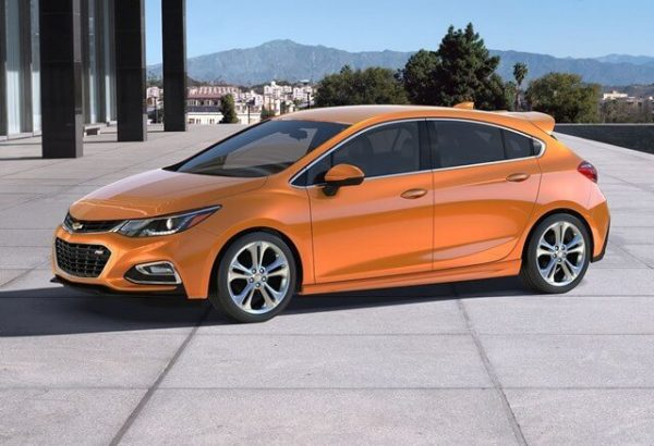 2021 Chevy Cruze Hatchback Price & SPy Photos