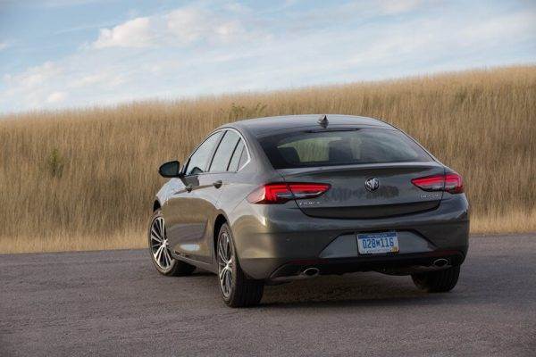 2021 Buick Regal Sedan Photos