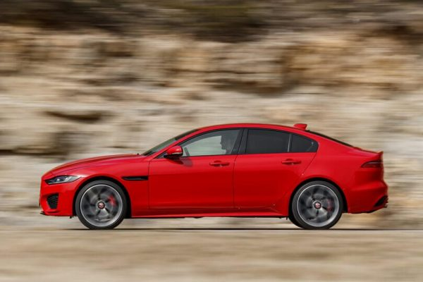 2022 Jaguar XE Electric Redesign