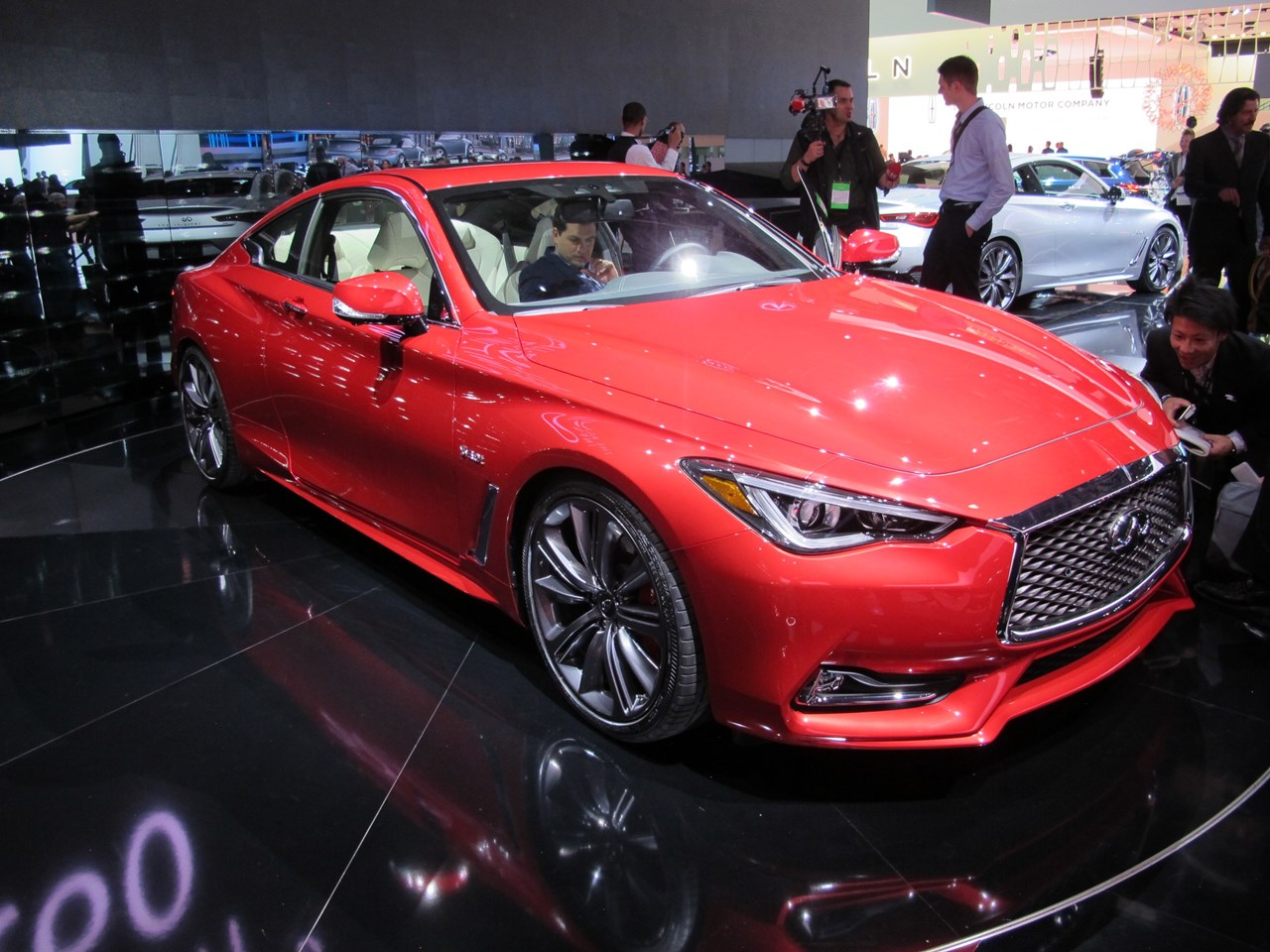 2020 Infiniti Q60 features, trim levels, and available options